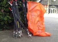 Foto: Mülltüte und Greifzangen